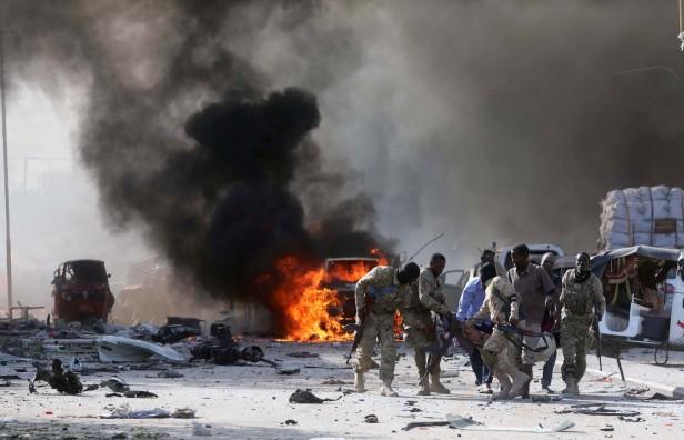 2017-10-14t150414z-1419994747-rc14682b2dc0-rtrmadp-3-somalia-attacks