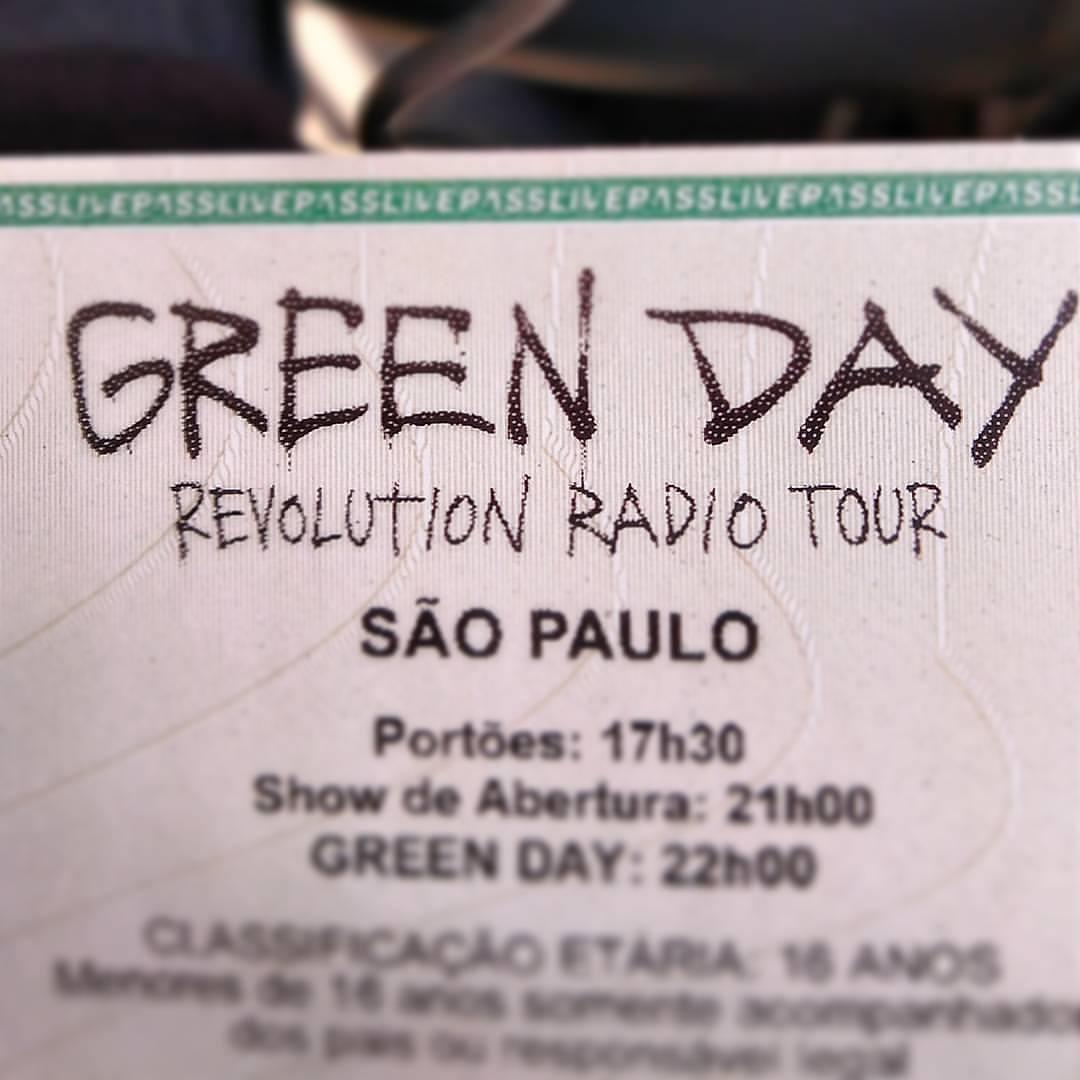 Green Day: Tour RevolutionRadio